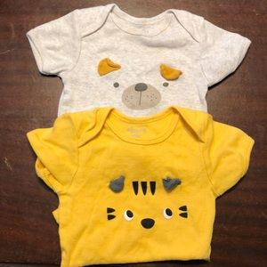 2 animal face 6-9 month onesies